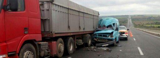 Трагедия на трассе Одесса-Киев: в ДТП погибла пассажирка микроавтобуса