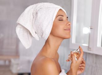 Почему парфюм «не звучит»: 6 ошибок при нанесении духов