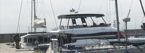 Пограничники задержали в море возле Одессы яхту с детьми: агрессия, угрозы и брань нарушителей