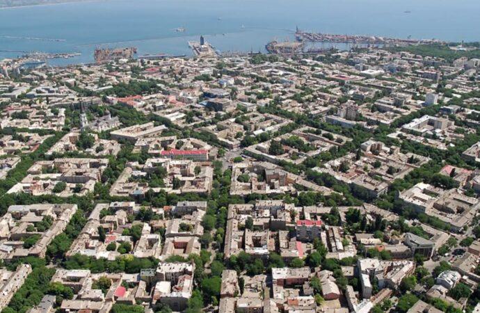 Новости Одессы за 4 июля: парад для президента, признание около танкера и открытие Музкомедии