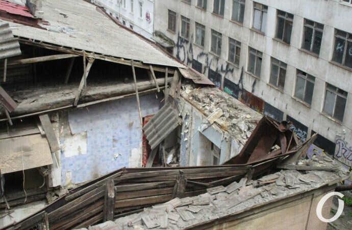 Что произошло в Одессе 8 мая: обвал дома на Польском спуске и перезахоронение воинов