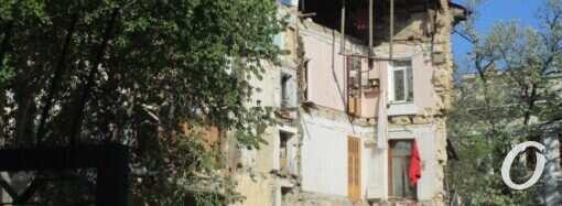Постраждалих внаслідок обвалу будинку на вулиці Торговій не виявили