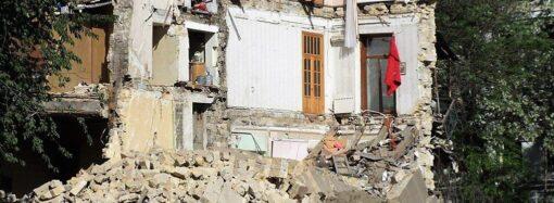 В Одессе проверяют состояние старых домов рядом с новостроями (видеокомментарий)