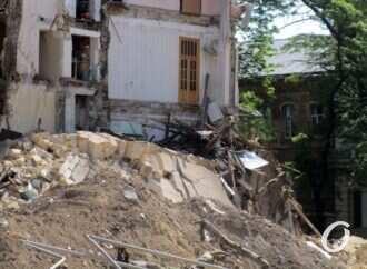 Обвал в Одессе: где будут зимовать жильцы «грохнувшего» дома на Торговой? (фото)