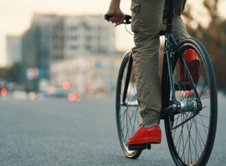 В Одессе поймали грабителя, угнавшего велосипед от торгового павильона