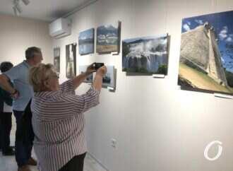 Из Одессы вокруг света: в галерее #ArtOdessa открылась фотовыставка Аркадия Рыбака
