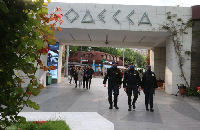 Відпочивайте без правопорушень: в Одесі нацгвардійці почали патрулювати курортні зони