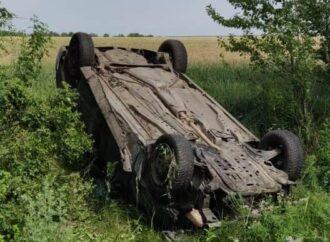 В Одесской области перевернулась легковушка: есть жертвы