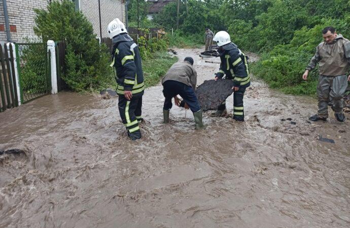 Угроза наводнения: полиция перекроет часть трассы Одесса — Рени