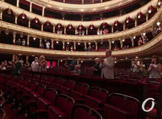 Одесский оперный завершил сезон и пустил зрителей в зал (фото)