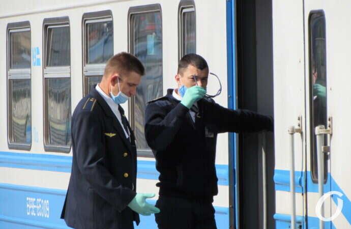 Укрзалізниця отменила поезда в Закарпатье