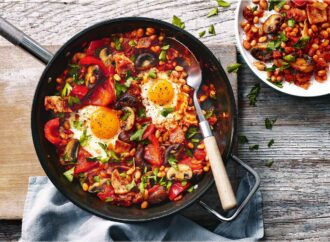 Просто и вкусно: готовим запеченный перец с яйцами
