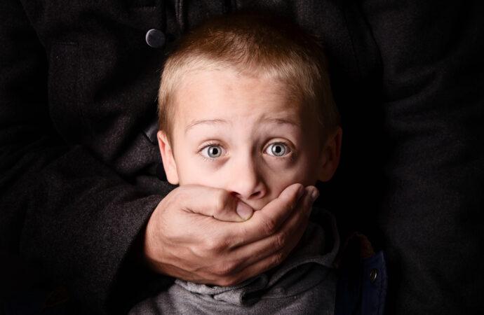 Похищение на детской площадке: педофила из Черноморска посадили на 12 лет
