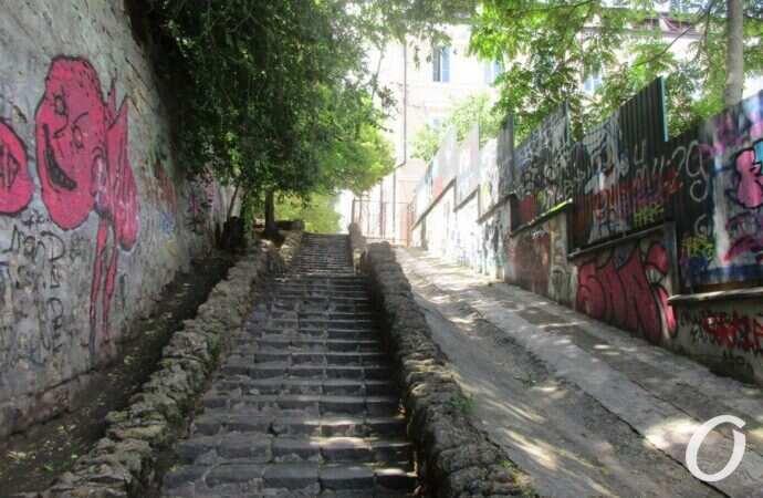 Одесские истории: «лестница мертвых» хранит память о первой женщине-маньяке (видео)