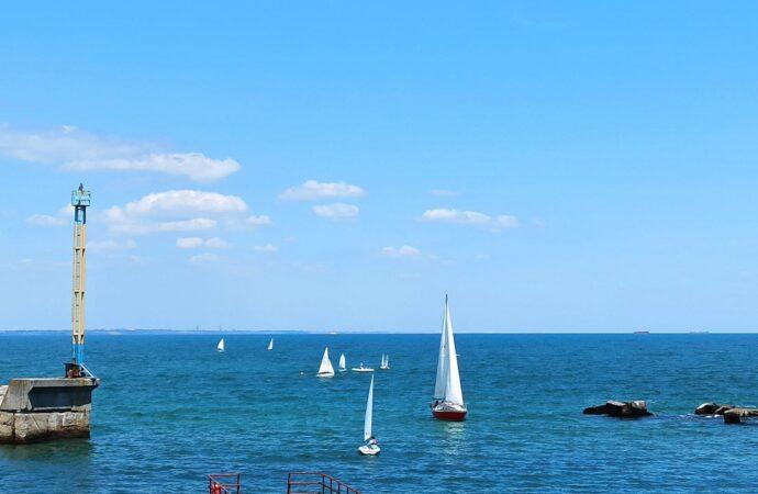 Температура морской воды в Одессе 26 июня: стоит ли идти на пляж?
