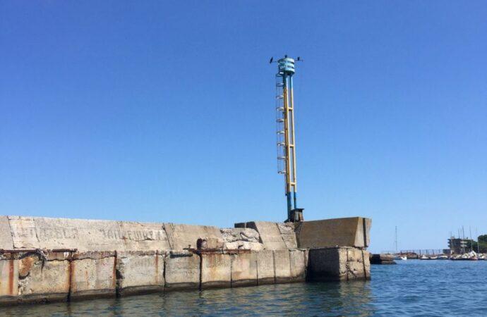 Яхтсменам – зеленый свет: в Одесском яхт-клубе восстановили маяк