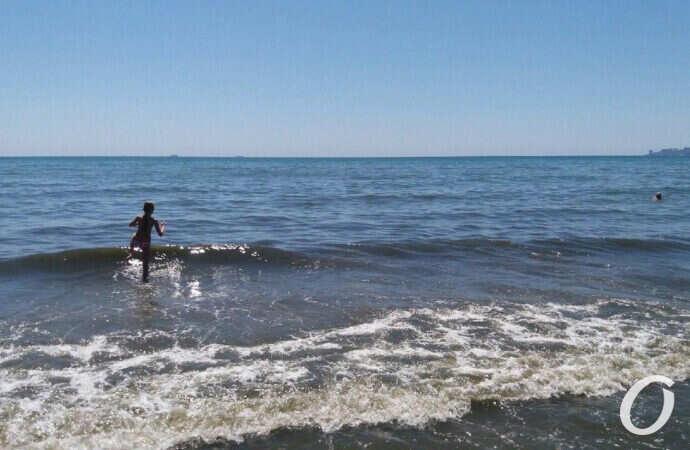 Температура морской воды в Одессе 27 июня: стоит ли идти на пляж?