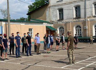 Теперь ты в армии: призывников из Одессы отправили в учебные части