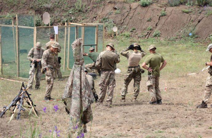 Курсантів з Одеси визнали кращими у змаганнях з практичної стрільби (фото)