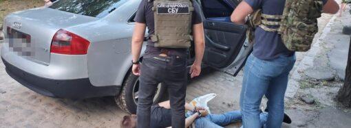 В Одесі затримали учасників злочинного угруповання, які викрадали людей (відео)