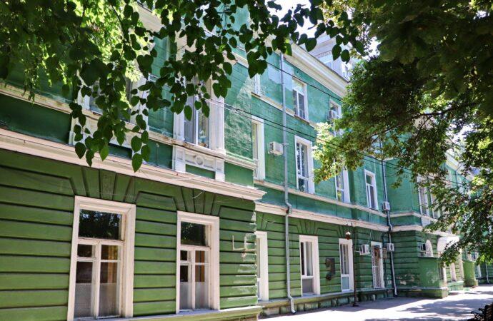 В Одесі пацієнтів з COVID-19 прийматимуть в окремому корпусі міської лікарні №5