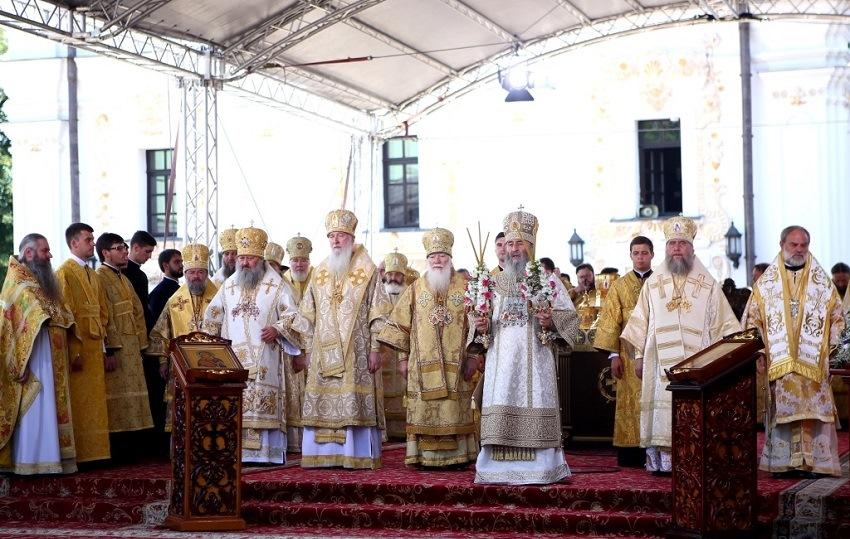 Божественная литургия в Киево-Печерской лавре