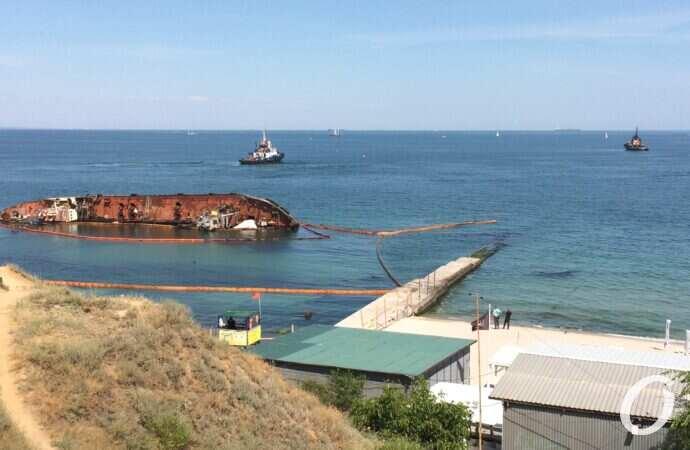 АМПУ определилась с научным руководителем подъема танкера Delfi