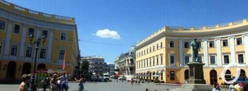 Скандальная мансарда на одесском полуциркульном здании за Дюком признана законной (фото)
