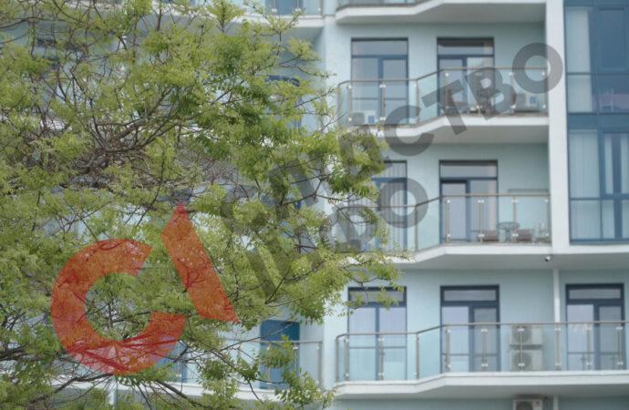 Апартаменти в Аркадії і земельна ділянка у Фонтанці: яке коштовне майно мають архієреї з Одещини?