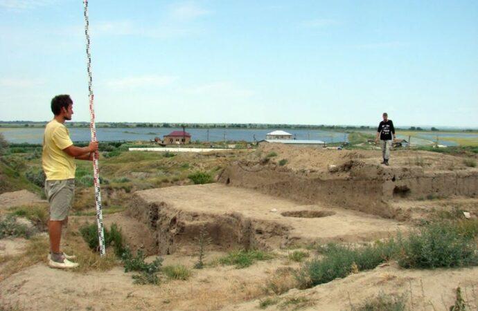 Исключительная редкость: в Одесской области обнаружили древнюю статуэтку Гермеса (фото)