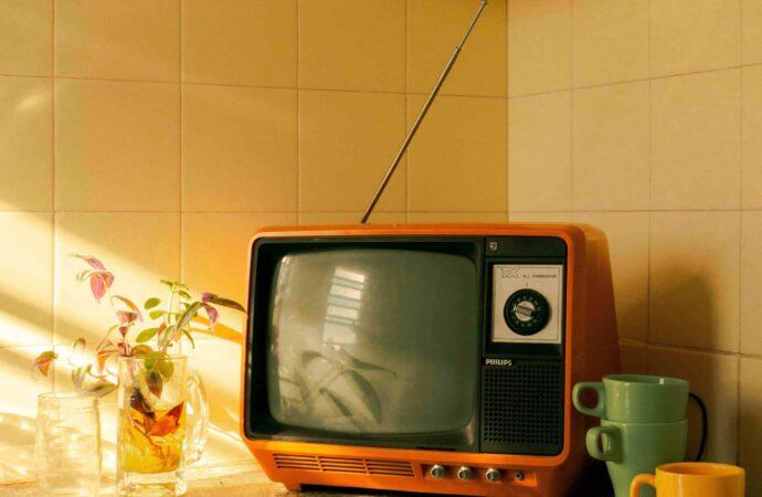 Телевизионные кошмары: куда пропали фильмы и познавательные передачи?