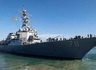 В Черное море вошел ракетный эсминец из США