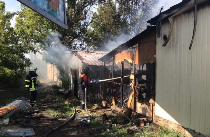 Пожар в шашлычной и вытек с танкера Delfi: чрезвычайные новости Одессы и области 22 июля