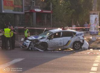 В Одессе в ДТП разбилось авто патрульной полиции – есть пострадавшие