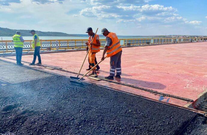 Одесские дороги «потекли» – кто и как их ремонтировал?