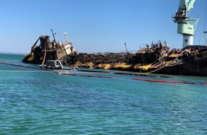 Операция по поднятию танкера Delfi близка к финалу – что предстоит сделать?