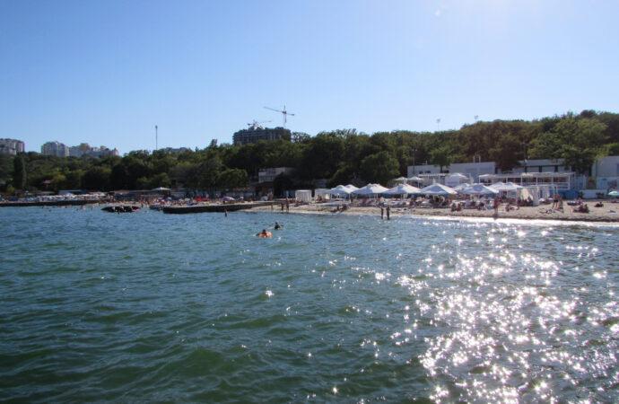 Температура морской воды в Одессе: стоит ли идти на море в воскресение?