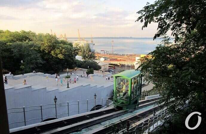 Международный фестиваль и рабочий фуникулер: коротко о вчерашних новостях в Одессе