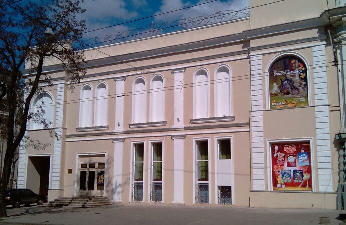 """До Дня міста Одеський ляльковий театр безкоштовно покаже спектакль """"Веселі ведмежата"""""""