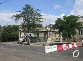 В центре Одессы ремонтируют теплотрассу: что с транспортом?