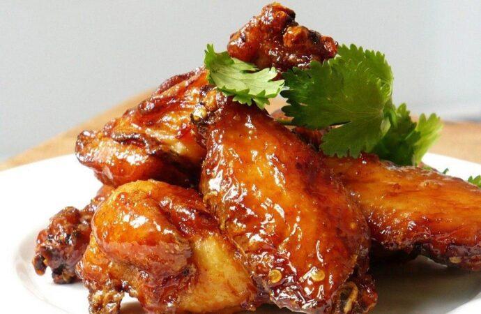 Вкусно с «Одесской жизнью»: куриные крылышки с медом и ежевикой