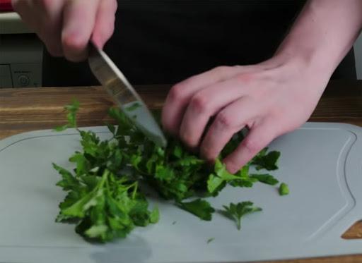 """Вкусно с """"Одесской жизнью"""": три рецепта летних салатов, которые стоит попробовать"""