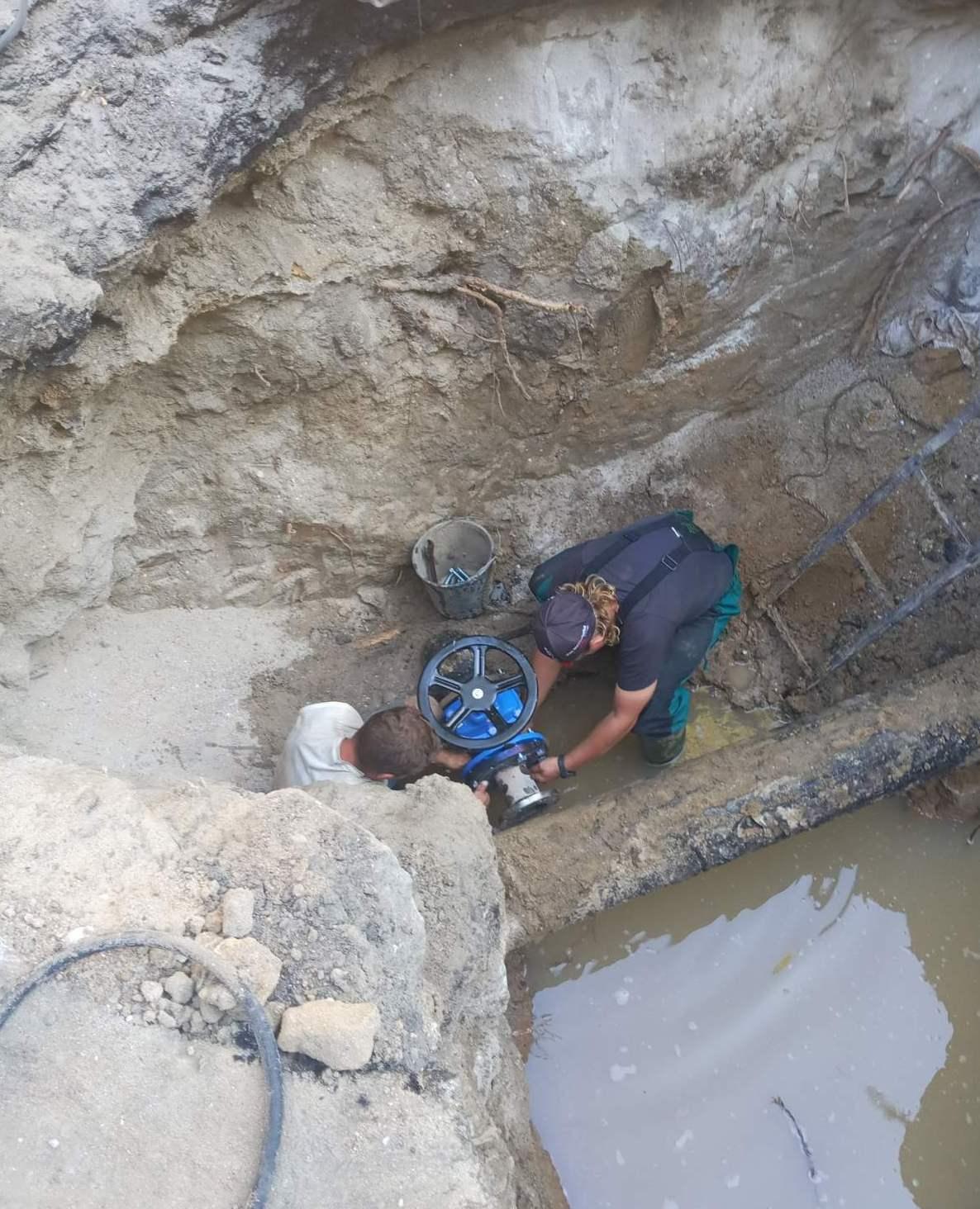водопровод по улице Канатная