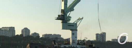 Эвакуация танкера Delfi снова откладывается: названа причина