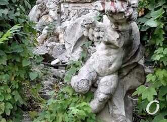 Судьба аутентичных скульптур одесского Оперного театра сложилась удивительным образом (фото, видео)
