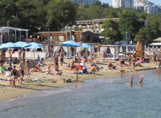 Температура морской воды в Одессе: комфортно ли на пляжах в субботу?