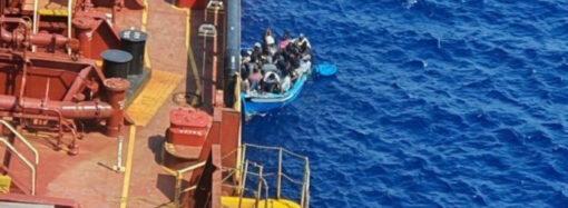 Капитан из Одессы спас беженцев в Средиземном море (фото)