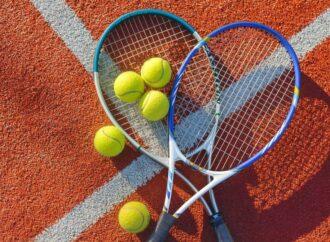 Одесситы просят защитить от застройщиков теннисные корты в парке Шевченко