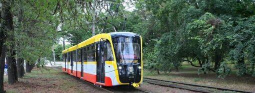 Второй трамвай Одиссей MAX уже вышел на маршрут в Одессе (видео)