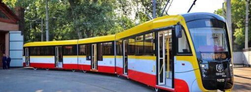 В Одесі з'явився другий трисекційний трамвай Odyssey MAX
